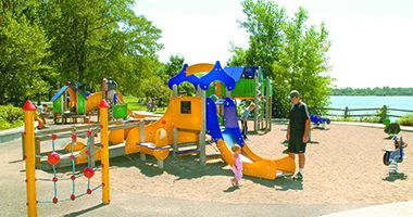lake_calhoun_playground2